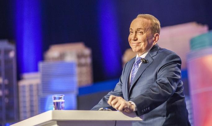 Александр Масляков: «Шутки кавээнщиков рождаются в муках, а потом безжалостно режутся редакторами»