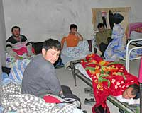 В ремонтируемой школе незаконно проживали таджики
