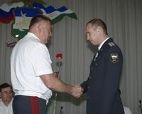 Раненный в Чечне милиционер получил награду