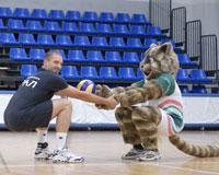 «Уральцы» провели тренировку с котом