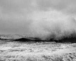 Набережную на Яграх восстанавливают после шторма