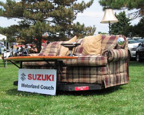 Suzuki: диван на прокачку