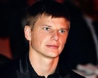 Попавшему в ДТП футболисту Аршавину подарили грейпфрут