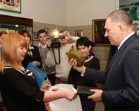Глава донского МВД наградил спецназовцев и журналистов