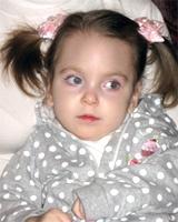 Двухлетней Алисе срочно требуется помощь