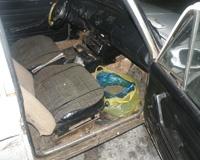 В старенькой «шестерке» перевозили 400 грамм конопли