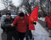 Полиция отрицает факт избиения сторонников КПРФ