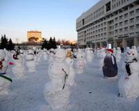 Армия снеговиков передислоцируется из Перми в Чайковский