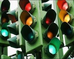 Горожан вынуждают покупать светофоры за свои деньги