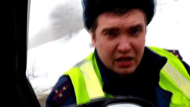 Волгоградский юрист накажет полицейского-хама