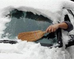 Трассы Волгограда «встали» из-за обильного снегопада