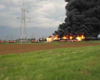 Горящие вагоны в Котельниково тушили пожарные поезда