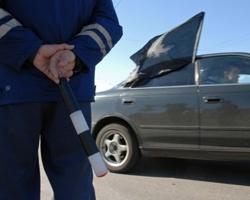 Волгоградец на иномарке протаранил два автомобиля