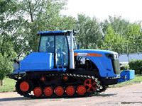 Фермерам Саратовской области продемонстрировали новый волгоградский трактор