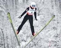 Летающие лыжницы на «Летающем лыжнике»