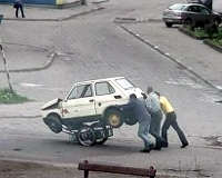 Россия экспортирует полсотни тысяч угнанных авто в год