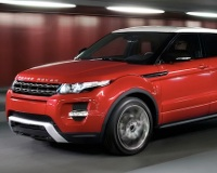 Land Rover организовал кинопремьеру нового кроссовера