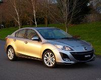 Mazda 3 проверили на прочность