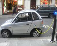 Большинство автомобилистов хотят купить электромобиль