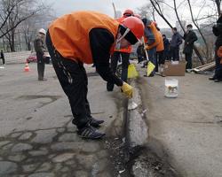 Пермские чиновники принимают дороги и жалобы