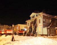 На Чумбаровке подожгли дом
