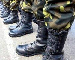 «Боеспособность» солдат «Красных казарм» проверили на штатских