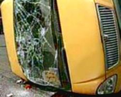 В Волгограде «Хонда» врезалась в маршрутное такси