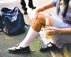 Откуда берутся юные алкоголики