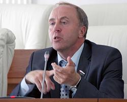 Виктор Рейн, депутат Тюменской областной думы: «Россияне – уникальный народ. Когда трудно, наш КПД возрастает на порядок»
