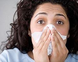 Промойте нос и сидите дома
