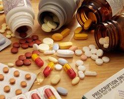 Доверять врачу или лечиться самому?