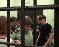 Подростков отправили в ИВС, чтобы развеять дух тюремной романтики