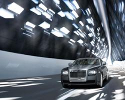 В Тюмени состоялся приватный тест-драйв Rolls-Royce Ghost для VIР-персон