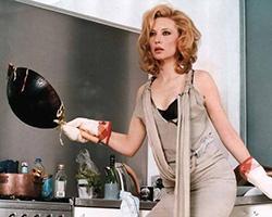 На кухне: не босая и не беременная