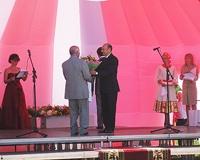 Губернатор подарил Ярковскому району два миллиона рублей