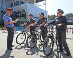 Физически неразвитых – на велосипеды