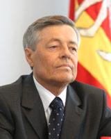 Скончался экс-губернатор Челябинской области Петр Сумин