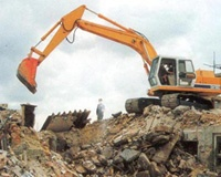Власти Челябинска и Магнитогорска сносят самовольные постройки