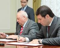 Юревич и Россель скрепили подписями сотрудничество в фармпроизводстве