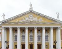 Контролеры, уволенные из челябинского оперного театра, выиграли суд