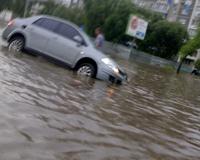 Во время двух ливней в Челябинске выпало 60% месячной нормы осадков