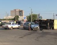 Инкассаторская «газель» опрокинулась в Челябинске в ДТП с Lada Kalina