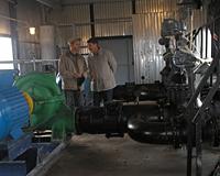 Работы по понижению уровня воды в озере Синеглазово продлятся до ноября