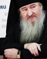 Феофан проведет торжественное богослужение в храме Александра Невского