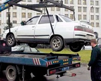 Власти Челябинска пригрозили эвакуацией нарушителям правил парковки