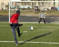 Новое поле школы «Челябинец» прибавит ей любителей футбола