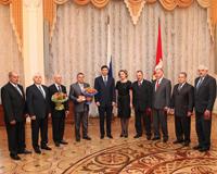 Медведев отметил в Челябинской области ректора, врачей и металлургов