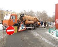 Жители двух домов на улице Героев Танкограда второй день сидят без воды