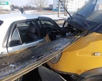В Челябинске Toyota влетела под маршрутку: ранена шестилетняя пассажирка