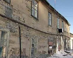 В Поморье продолжают латать «ветхие дыры»